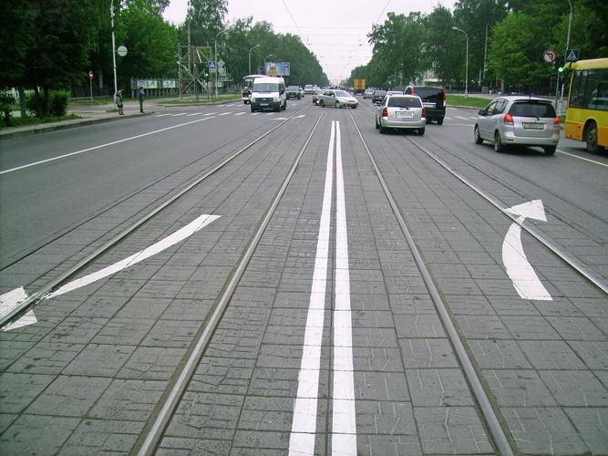обратите внимание являются ли трамвайные пути разделительной полосой отстирать сажу, простые