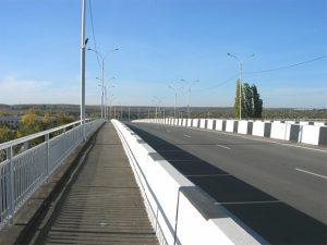 обгон на мосту