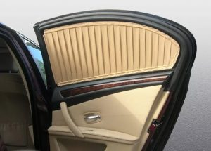 использование шторок в автомобиле