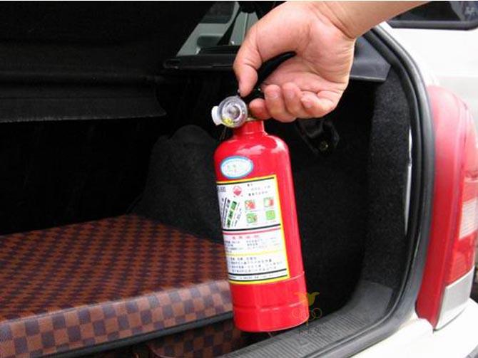 Какой нужен огнетушитель для легкового автомобиля теперь Настанет