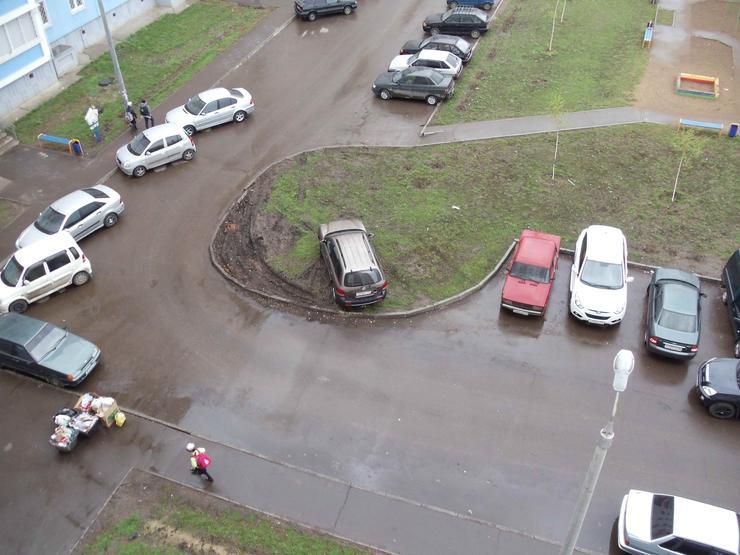 остались Пост о нарушении парковка на тратуаре то, что