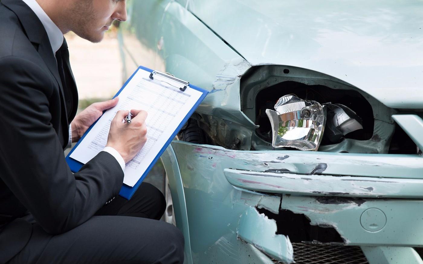 Робот Тотальные повреждения автомобиля осаго тот миг