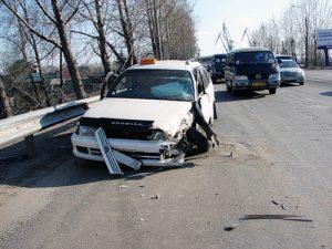popal-v-dtp-na-taksi3