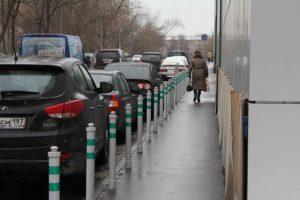 mozhno-li-parkovatsya-na-trotuare1
