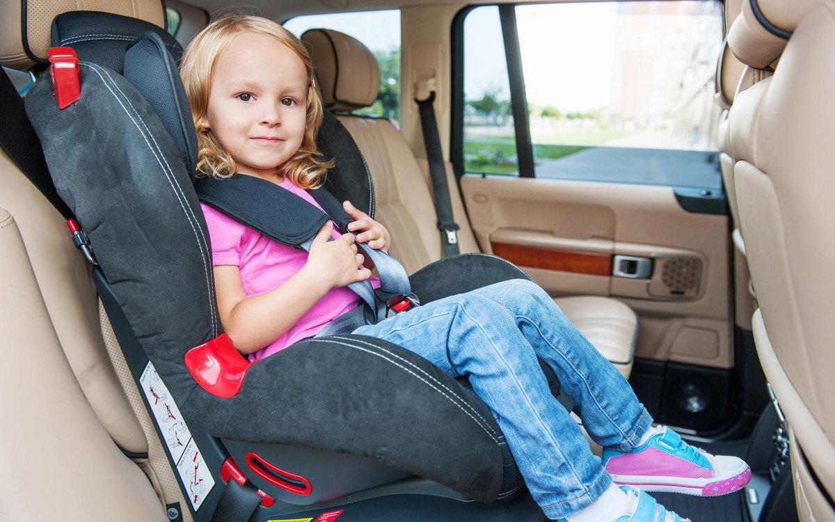 Можно ли размещать детское кресло на переднем сидении